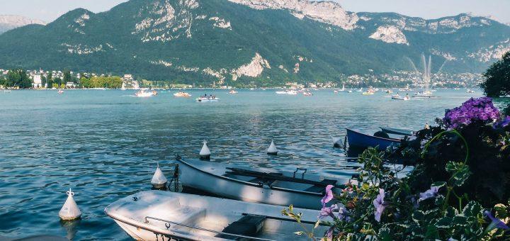 Dormir autour du lac d'Annecy, entre lac et montagnes